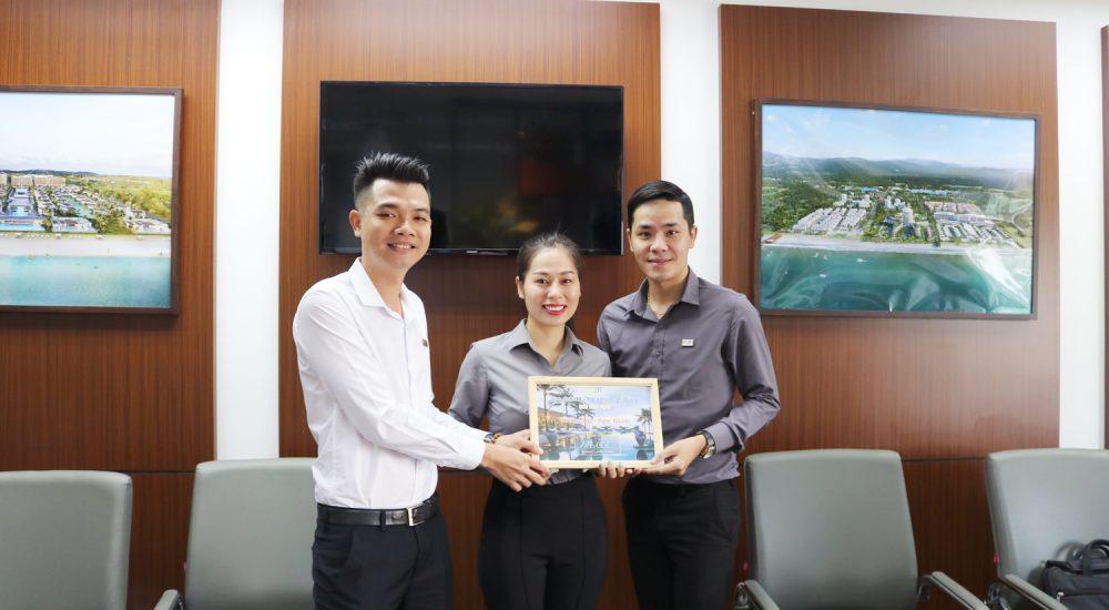 Họp trao thưởng tháng 8/2018 Công ty PQR