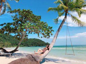Trong khi thủ đô Hà Nội và TP HCM là những điểm nhất định phải đến tại Việt Nam, còn nhiều nơi khách du lịch thường bỏ qua. Ví dụ như Phú Quốc, hòn đảo khiêm nhường của Kiên Giang. Tờ báo Malaysia World of Buzz dự đoán đảo ngọc của Việt Nam sẽ trở thành một trong những điểm đến hàng đầu tại Đông Nam Á. Dưới đây là 5 lý do làm nên vị thế của hòn đảo này. Ảnh: linhlaplalaplanh18.