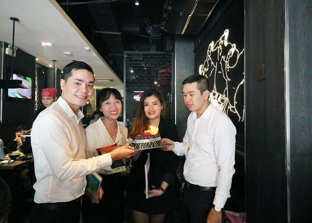 PQR'ers cùng tiệc sinh nhật tháng 11 đầy ấm cúng