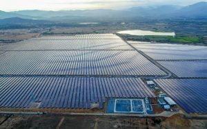 BIM Group vận hành nhà máy điện mặt trời lớn nhất Đông Nam Á hòa chung lưới điện quốc gia