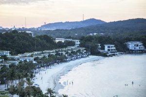 Chuyển hóa tiềm năng, lợi thế thành hiệu quả kinh tế với Du lịch biển đảo