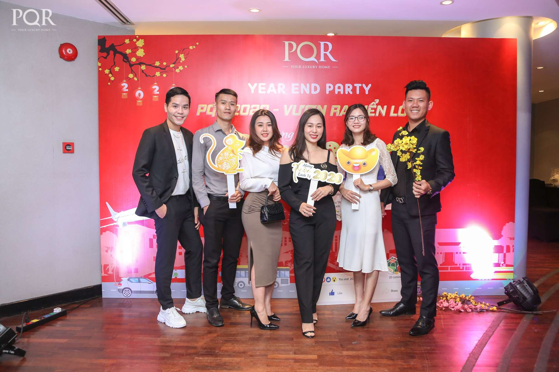 "YEAR END PARTY PQR 2020 ""VƯƠN RA BIỂN LỚN"""
