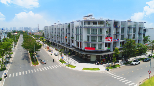 Giá bán shophouse tại TP.HCM tăng cao do thiếu nguồn cung